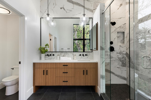 Beard Avenue Owner's Bathroom