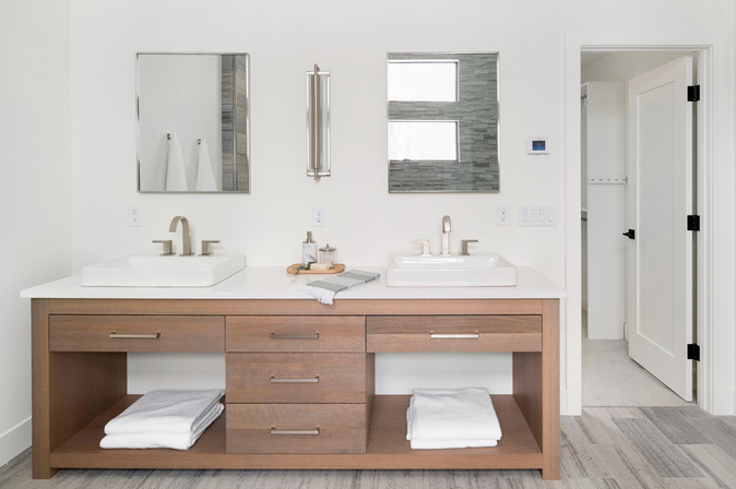 Peninsula Point - Master Bath