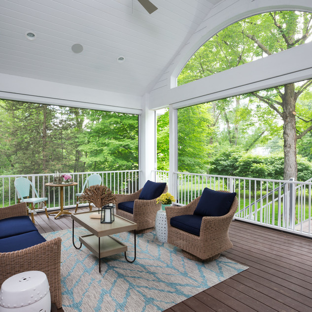 LaSalle Avenue - Screen Porch