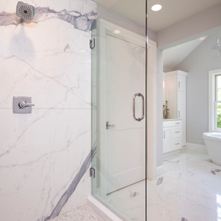 LaSalle Avenue - Master Bathroom