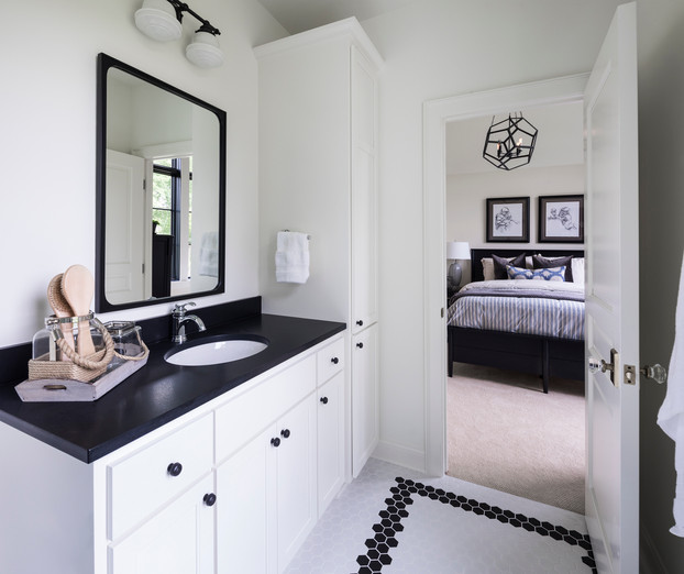 Modern Transitional - Bathroom
