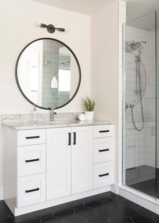 Austrian Pine - Master Bathroom