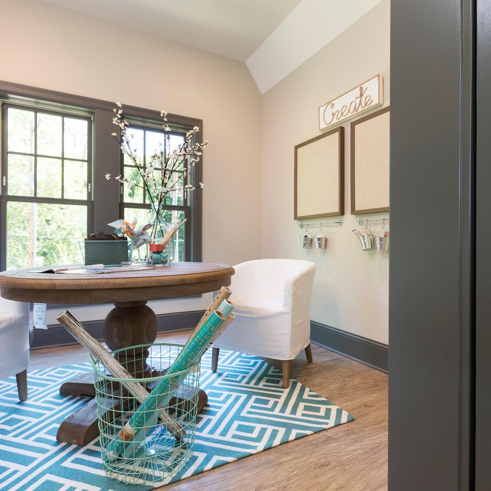 LaSalle Avenue - Craft Room