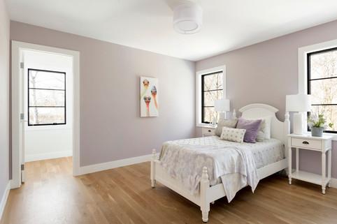 Austrian Pine - Bedroom 3