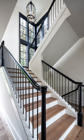 Modern Transitional - Statement Staircase