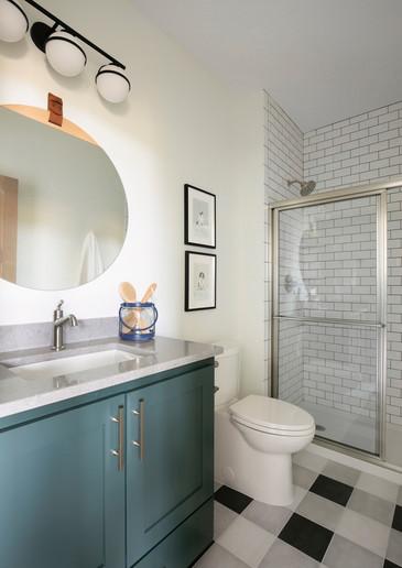Wilde Lake Estates - Bedroom 1 Bathroom