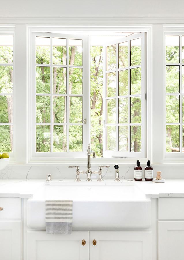 North Oaks Kitchen Sink Windows