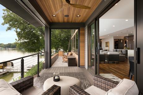 Screen Porch & Deck