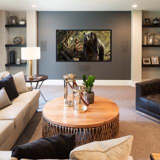 LaSalle Avenue - Family Room