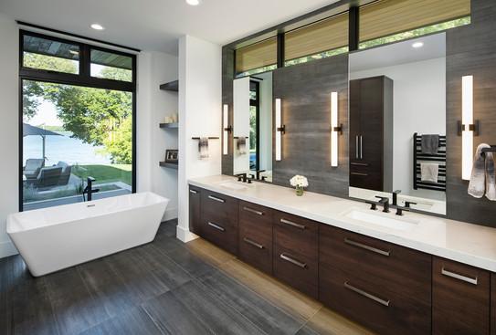 Bohns Point Owner's Bath