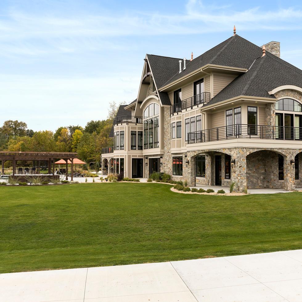 Spring Lake Estate - Side Exterior