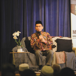 Tabligh Akbar - Ust Adi Hidayat