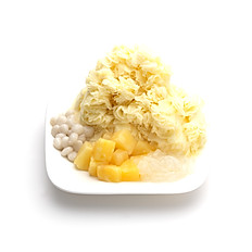 PINEAPPLE SHAVED ICE