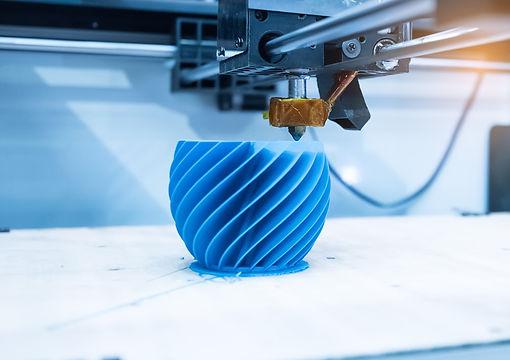 Modern%203D%20printer%20printing%20figur