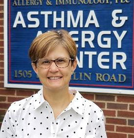 Laura Dziadzio, MD