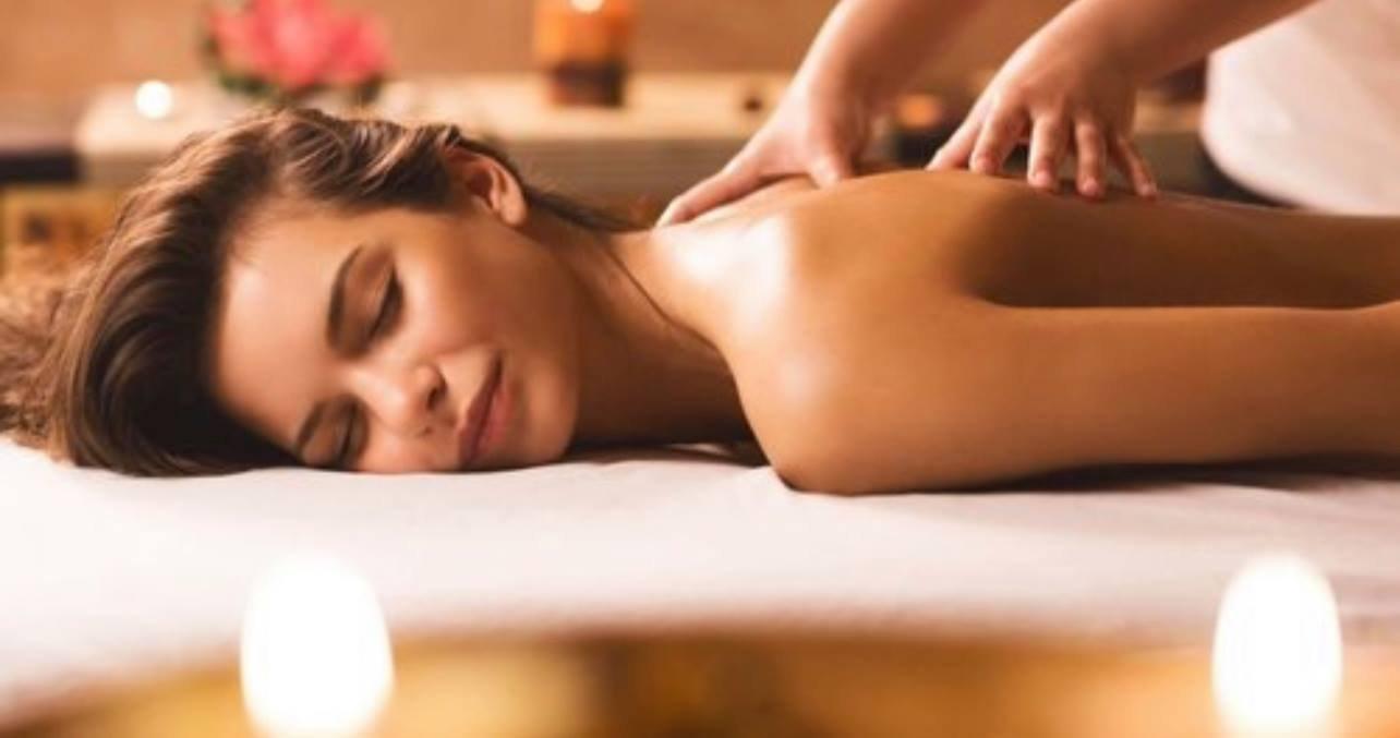 Royal Hot Rock Massage