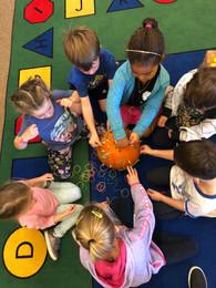 oakview students pumpkin play