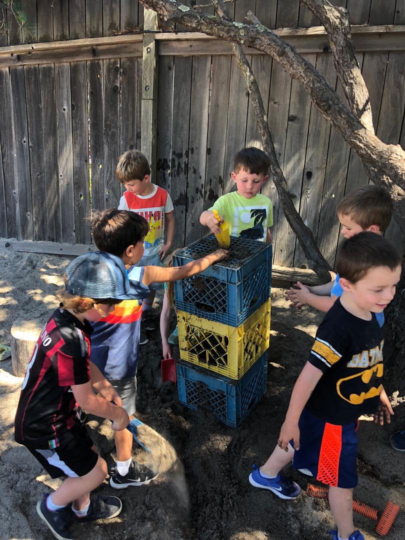 oakview preschool students playing