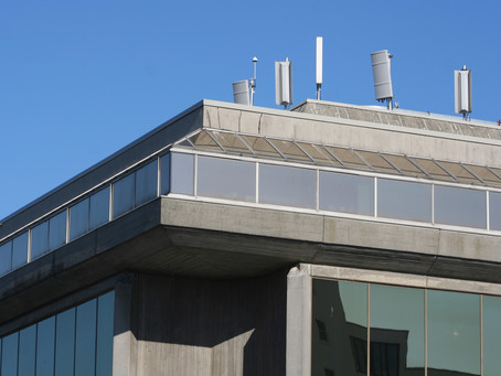 Are cell antenna leases at risk with 5G?