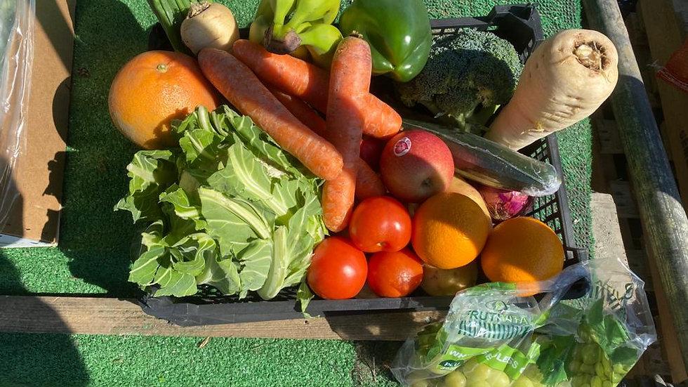 Basic fruit and veg box