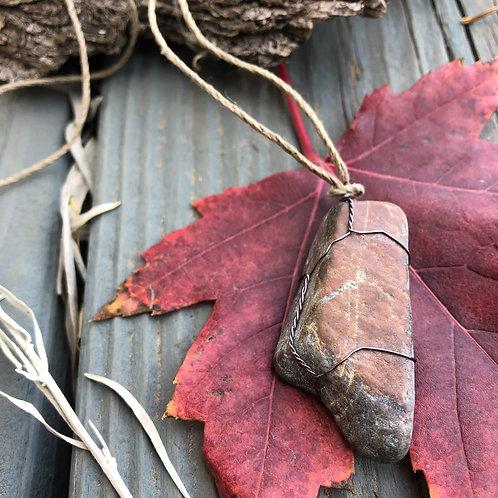 Medium Earth Stone (Reds/Dreamy Blues)
