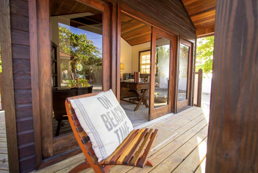 Luxury Cabanas