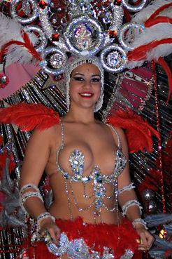 Glamour - the costumesof the Carnival Parade in Santa Cruz, Tenerife