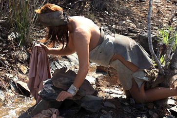 Guanche woman washing clothes at Mundo Aborigen