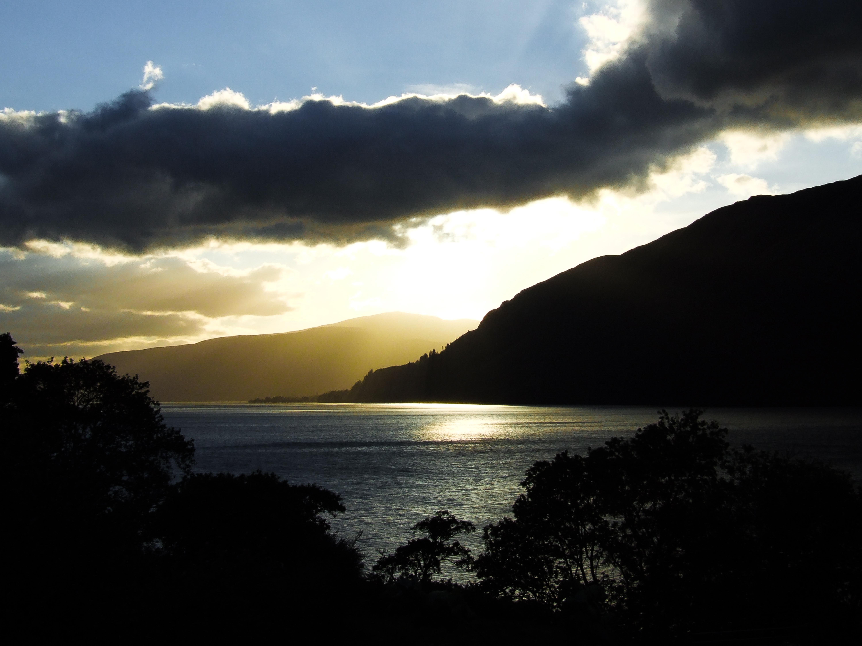 Crépuscule sur le Loch Lochy