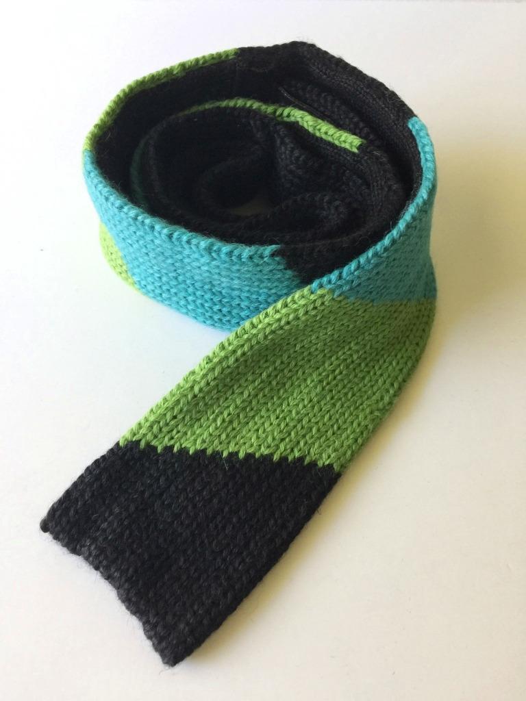 ricrac tie