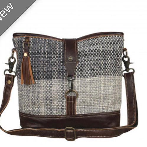 Front strap crossbody (lightweight leather & canvas)
