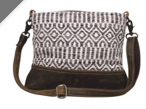 Cutesy crossbody (lightweight canvas & leather)
