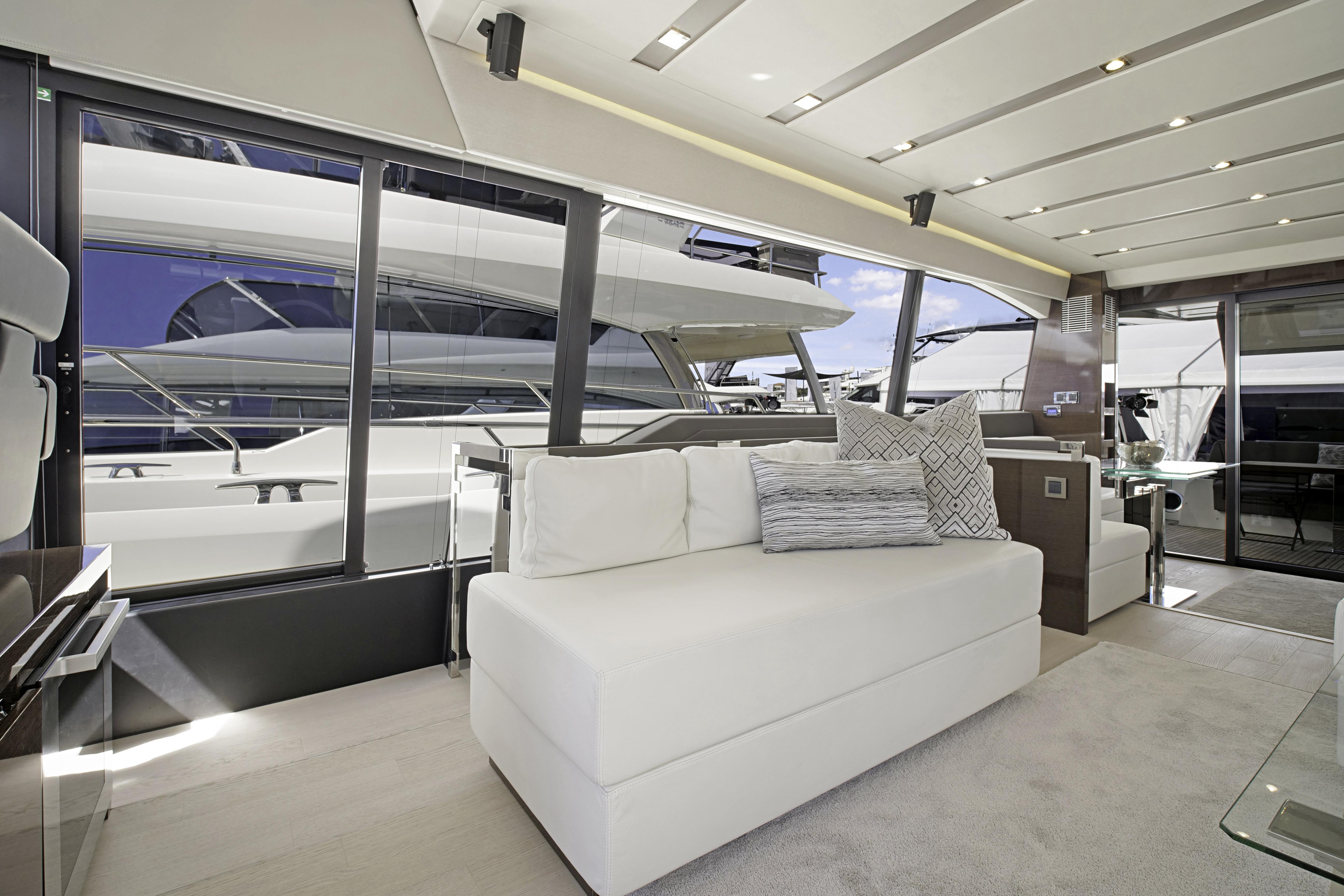 Prestige-680-High-Gloss---3-Bernard_Dino_Bonomo