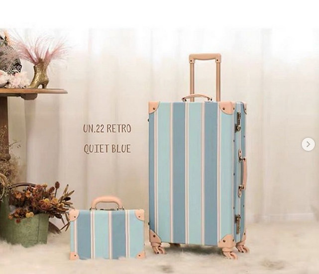 Quiet Blue Luggage (UN22)
