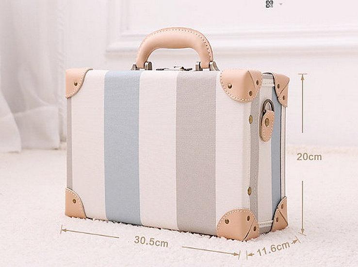 Korean Stripe Hand Bag (UN04)