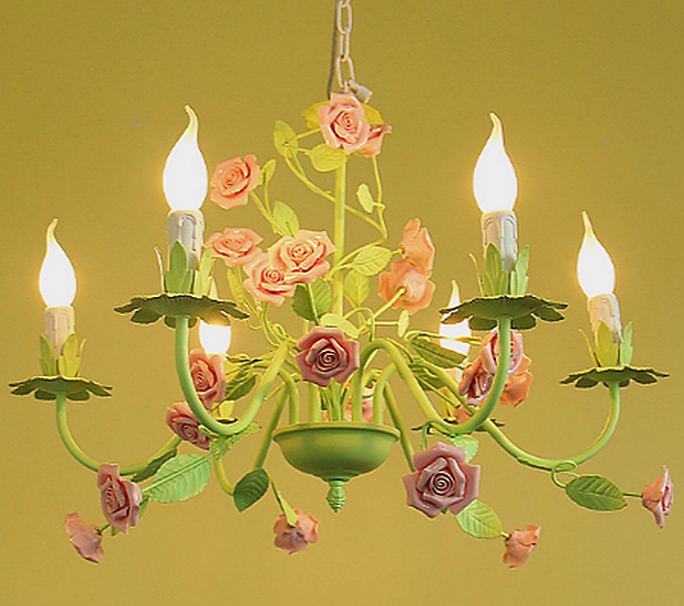 Girly child Chandelier (PO66)