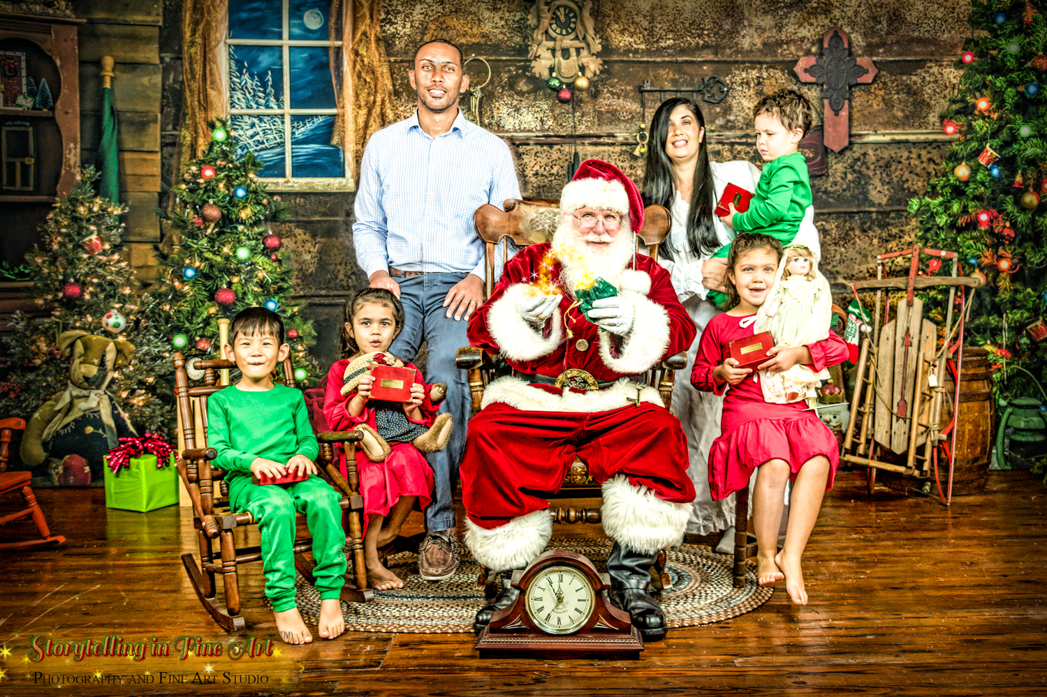 The entire family with Santa
