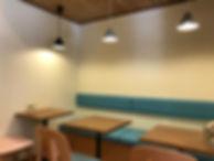 カフェ壁2.jpg