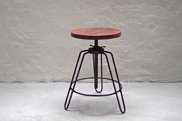 LIFE / ST IRON STOOL