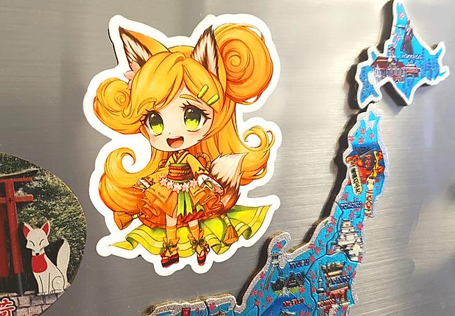 Luma Kühlschrankmagnete mit Chibi-Motivdruck verschönert jeden Kühlschrank.