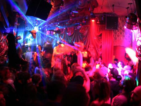 Berlin'in Çılgın Gece Hayatı