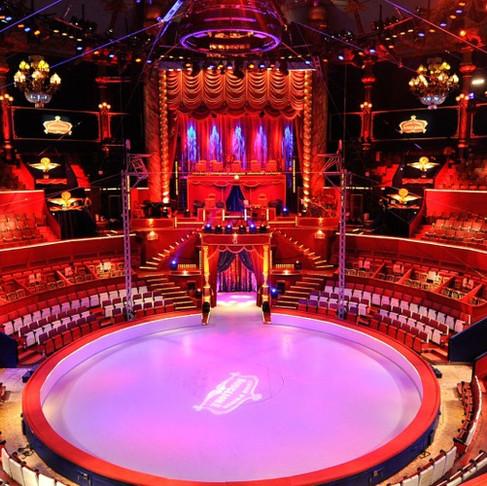 Convention HSBC au Cirque d'hiver Bouglione