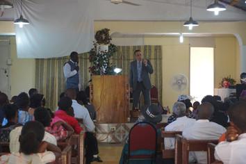 DE - Sunday Service