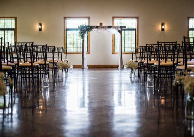 venue-at-willow-creek-ceremony-aisle.jpg