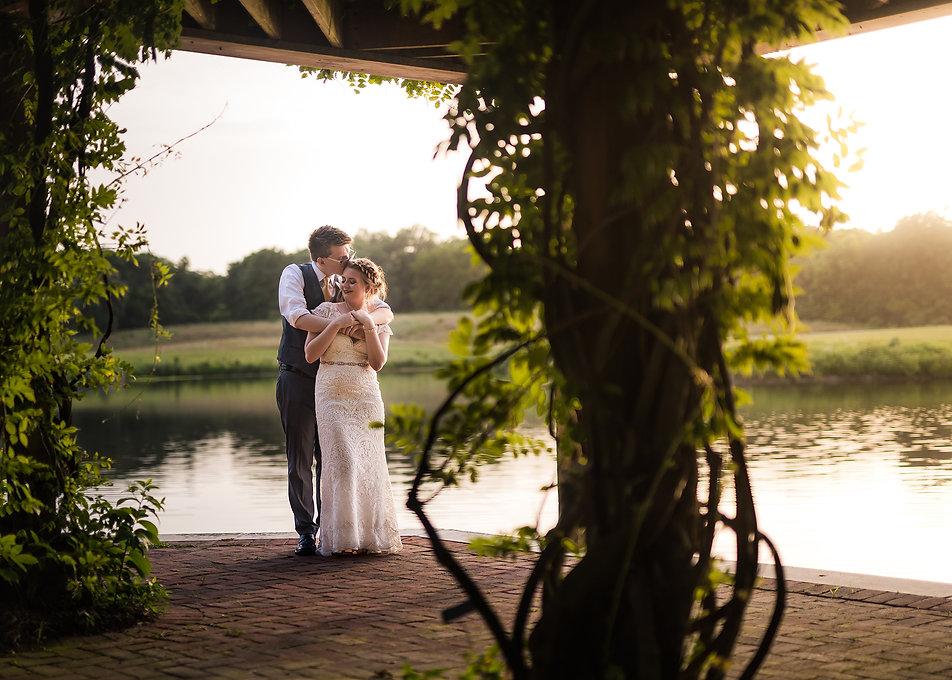 powell-gardens-wedding-couple-sunset.jpg