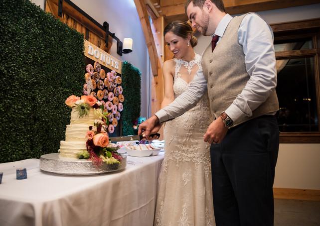 timber-creek-wedding-cake.jpg