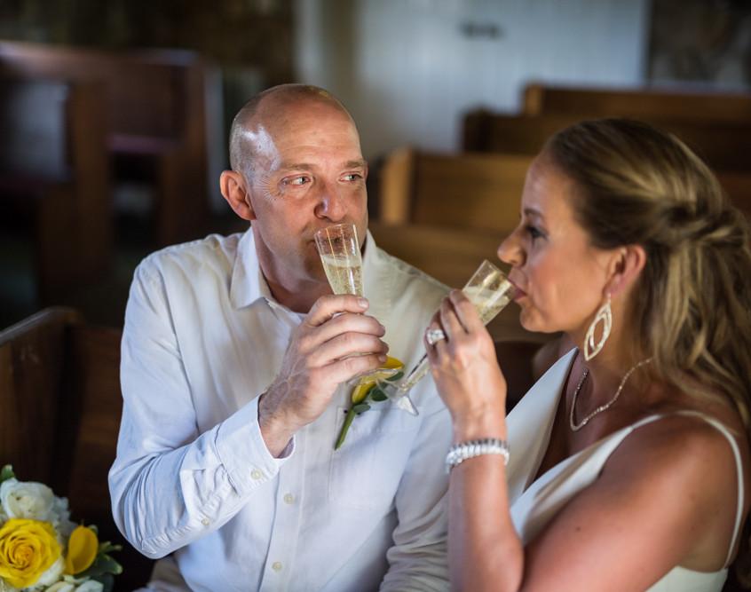 Lake of the Ozarks Wedding Bride Groom Champagne