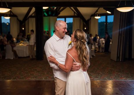 Lake of the Ozarks Wedding First Dance