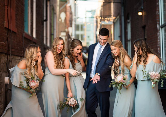 the-bride-and-the-bauer-alley-bridesmaid