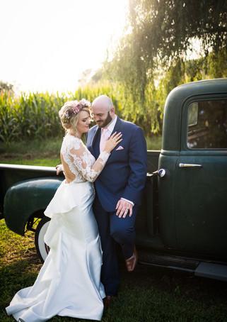 brownstone-wedding-couple-truck.jpg